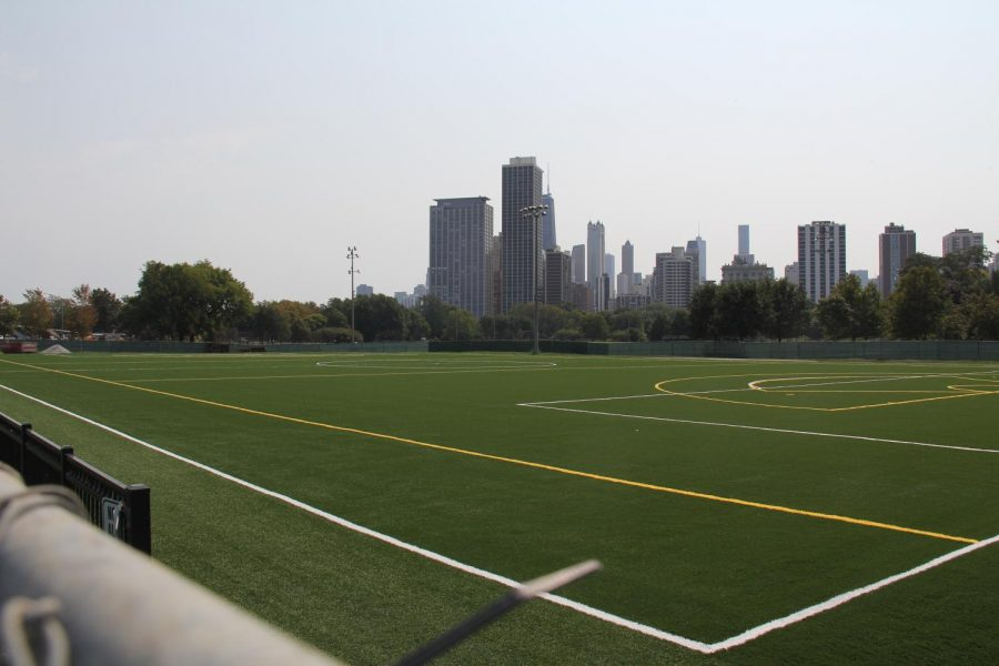 Photo+of+resurfaced+turf+taken+on+9%2F12%2F21.+After+years+of+requests+and+months+of+delays%2C+the+Lincoln+Park+turf+resurfacing+is+less+than+a+month+away+from+being+completed.